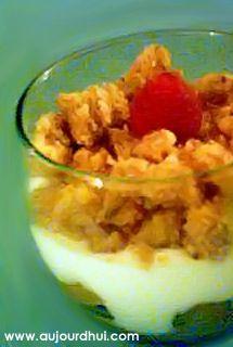 Douceur de pommes caramélisées et sa pâte à crumble (pommes, sucre, crème fraîche) - Recette dessert - Aujourdhui.com