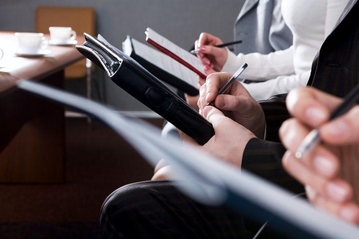Modelo de Ata de Reunião: Tudo o que você precisa para escrever uma ata de reunião eficiente