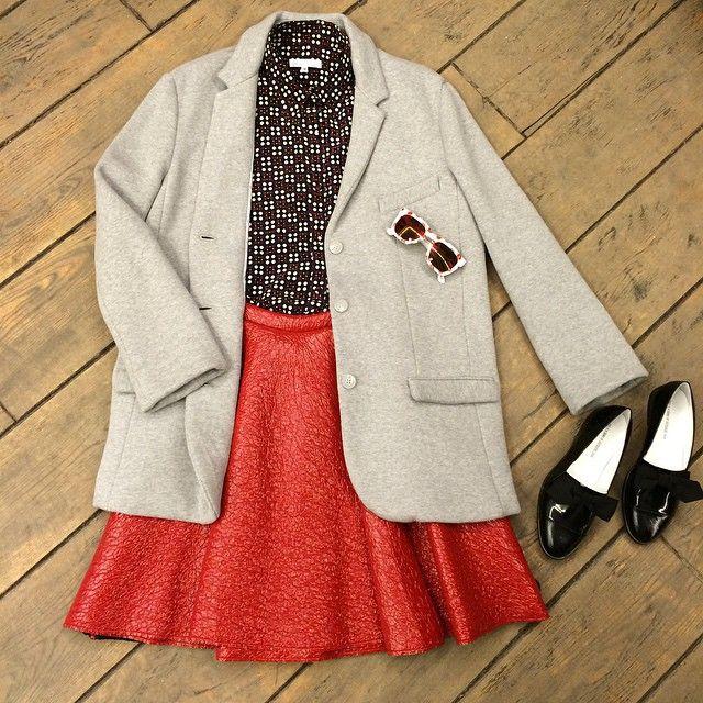 Жакет #6397 шёлковая блузка #dress2travel юбка #MSGM обувь #bandofoutsiders очки #aujourlejour
