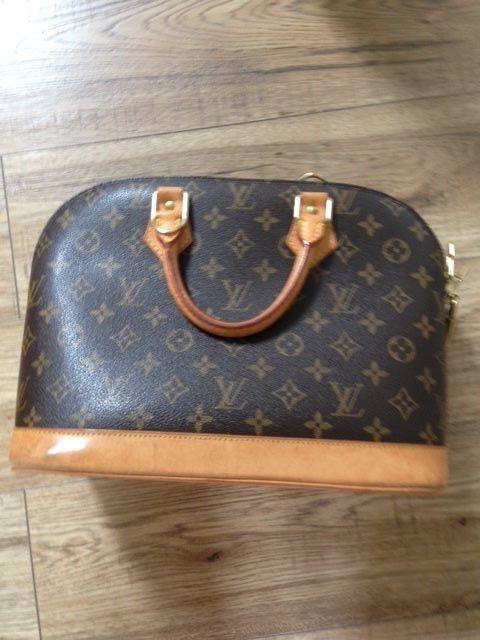 Louis Vuitton Alma bag Designer Handbag Genuine FLOO23 Date