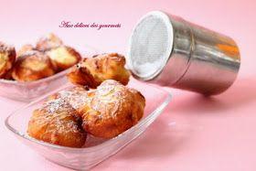 """Oliebollen ou """"beignets hollandais"""" sont traditionnellement  servis au réveillon du nouvel an.  Des beignets  légers et bien délicieux..."""