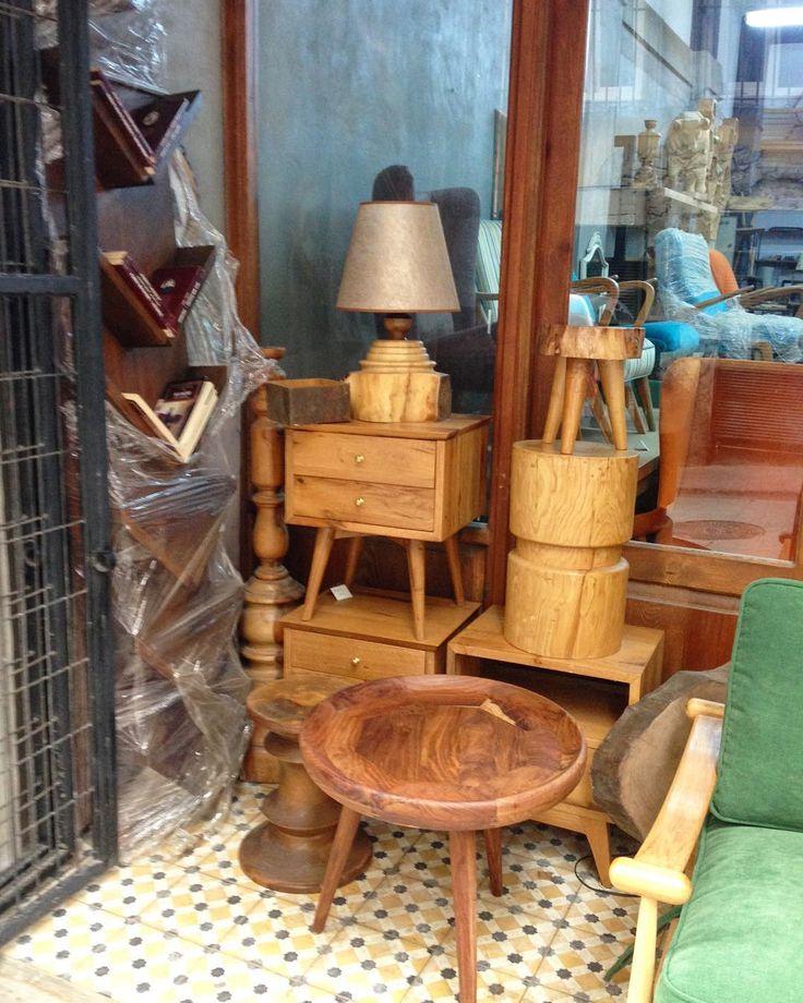 #evreka #wood #woodworking #design #homedesing #furniture #naturel #tasarim #dogal #ozeltasarim #evdekorasyonu #handmade #instagood #art #sanat #orjinal #artwork #evimsahane #antika #antik #cukurcuma #masif #ahsap #vintage #rustik #vinyl #home #homesweethome #retro #stillife http://turkrazzi.com/ipost/1521759738420536847/?code=BUeYGtiDCYP