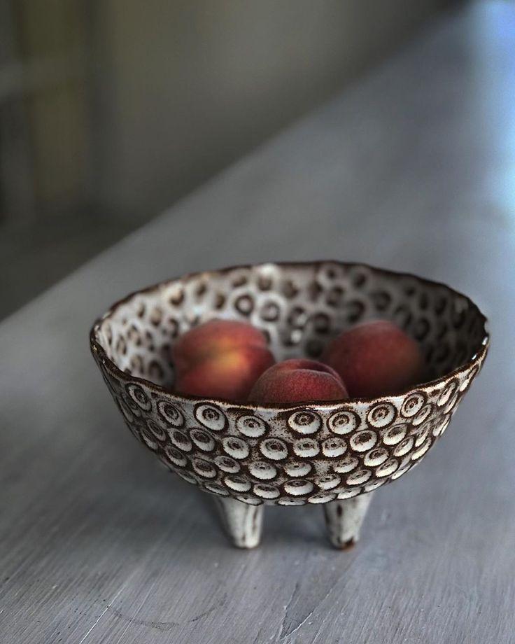 Pfirsiche aus meinem Gartenhaus und ein Tripode au…