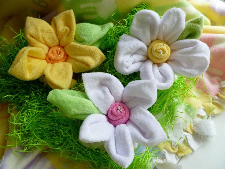 centerpieces made from baby washcloths | Baby Washcloth Flowers made from 7 Infant Washcloths...Large...Baby ...