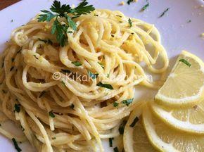 Gli spaghetti al limone sono un primo piatto delicato, molto profumato, aromatizzato con scorza di limone grattugiata. Semplici da preparare.