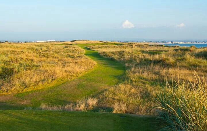 Royal Troon Golf Club, old course. Par 3 5th hole.