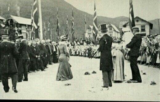 KRONINGSREISEN i 1906 Gudbrandsdalen ved Otta Utg John Fredriksons Kunstforlag