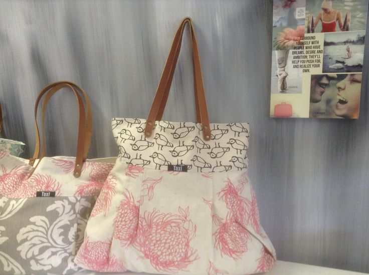 Bags at still lifeR499