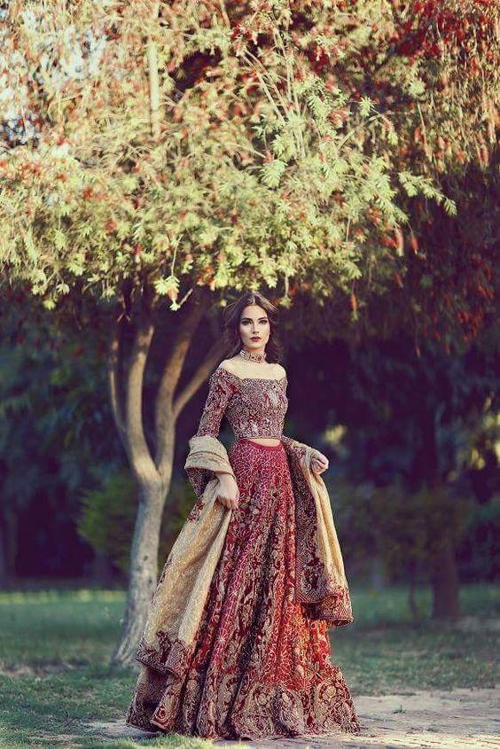 Farah and fatima couture - A very amazing Pakistani wedding dress.