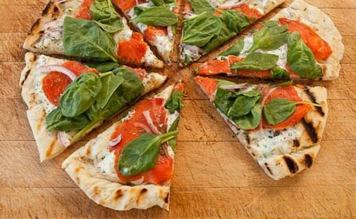 #Epicure Sylvie's Grilled Smoked Salmon Pizza (180 calories/serving)