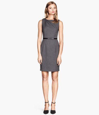 H&M Getailleerde jurk