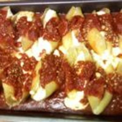 Three Cheese Stuffed Shells: Chee Stuffed Shells, Cooking Three, Cottages Chee, Meat Sauces, Three Cheese Stuffed Shells, Art Recipes, Food Cooking, Favorite Food, Italian Food Recipes