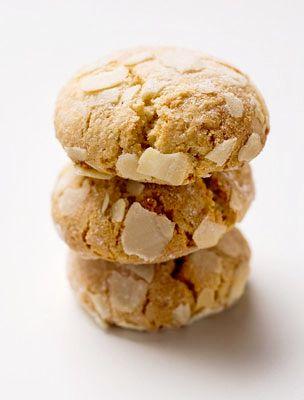 A mandulás keksz tökéletes vendégváró, de jó, ha hazaérve valami finomságra vágysz.