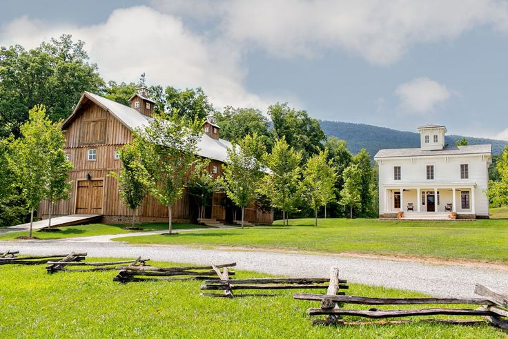 Welcome to The Homestead at Cloudland Station, one of the south's newest outdoor event venues. We are honored to serve as one of the Chattanooga area's largest barn wedding venues. More than just a wedding barn, with our additional facilities, we can host your next corporate event or celebration of any kind.  Because we are only minutes from beautiful downtown Chattanooga at the foot of Lookout Mountain.