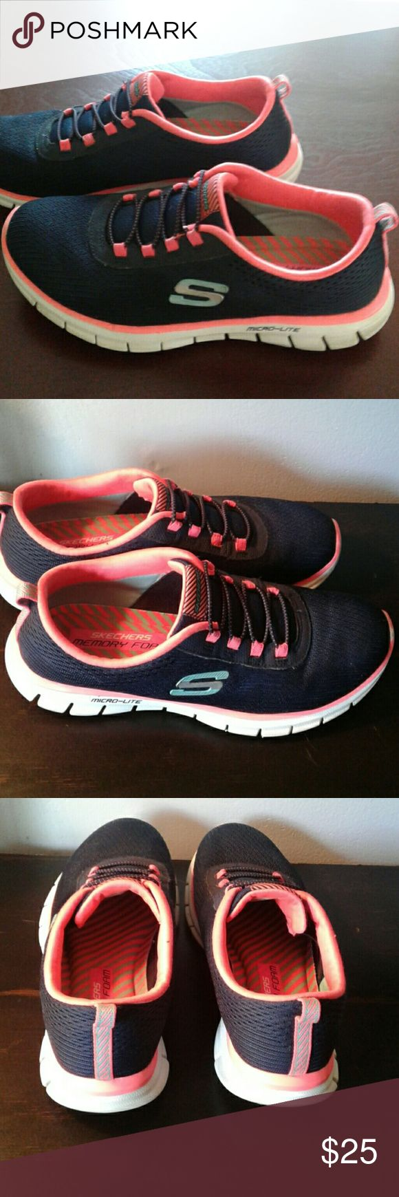 💕Skechers💕 Micro-Lite Memory Foam Sneakers I have a great pair of Skechers Micro-Lite Memory Foam sneakers. These are SUPER comfortable!  Unfortunately, they are a tad too small for me. Only worn a handful of times and are in very good condition. Skechers Shoes Sneakers