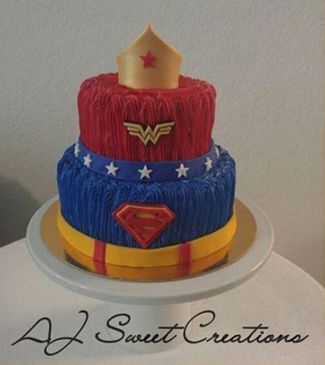 Superman and Wonder Woman Cake  #ajsweetcreations   via 3wmarizcha10