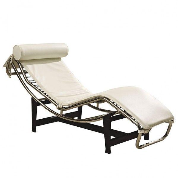 Original tumbona para jardín o terraza relax en acero cromado y tapizado en piel blanca de los clásicos del diseño modernista del s. XX.