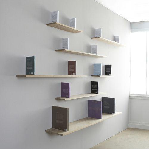 de faux livres en bois massif assurent une fixation invisible et trs rsistante dessinez votre bibliothque murale laide des gabarits d tagre - Fixer Une Etagere Murale