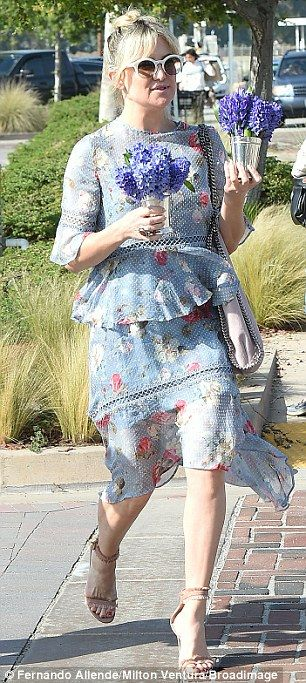 Bonding time: Kate Hudson and mother Goldie Hawn were spotted hitting a baby shower in Malibu together on Saturday