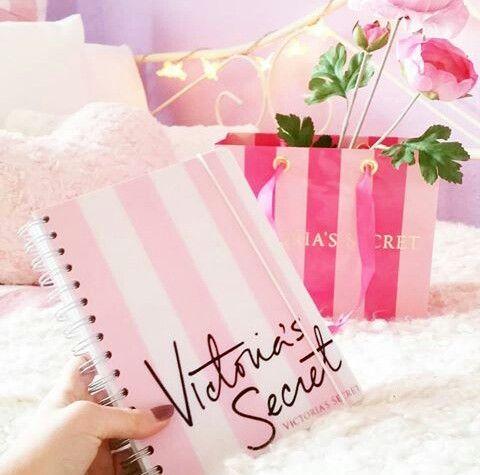 When In Doubt, Just Add Glitter ♡ Pinterest : @1kco0zwe8r4mzzk