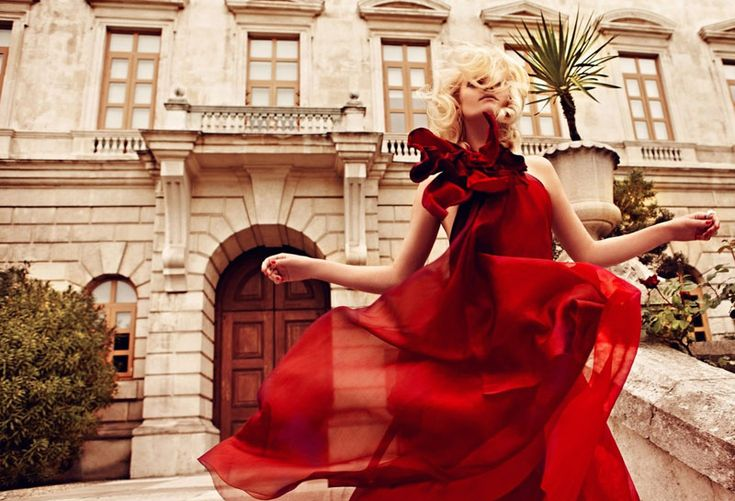 Don't try this at home: Red Fashion, Little Red, Red Dawn, Harpers Bazaars, Dresses, Red Gowns, Baby Pictures, Red Art, Editorial Fashion