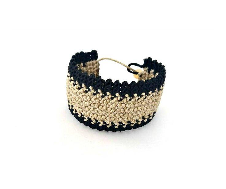 Macrame bracelet in black and gold by SenHandmade on Etsy