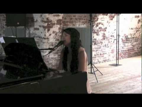 Saara Aalto - Rakkauslaulu