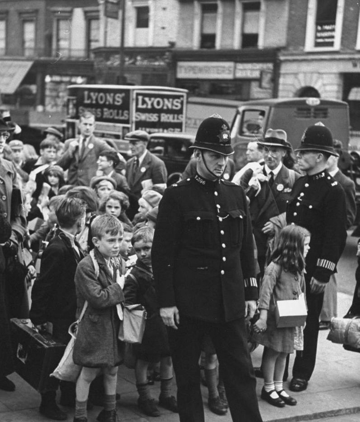 evacuation during world war 2 essay Evacuation in britain during world war ii british evacuation in world war ii sign up to view the whole essay and download the pdf for anytime access on.