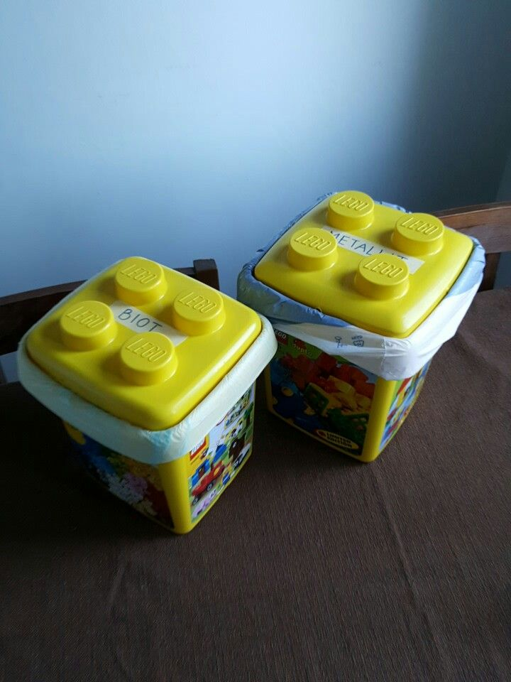 Containers for bio and metal waste. Old lego boxes.