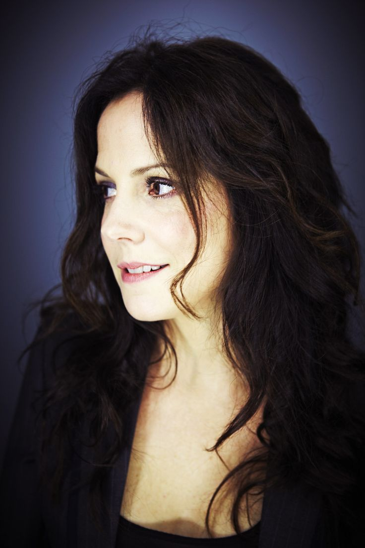 Mary-Louise Parker ~ Isn't she LoveLy!?!