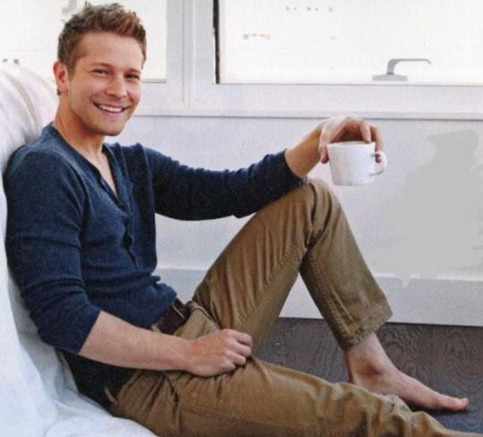 single gay men in alexis Gay dating in me, united states , gay man, single wells, me, usa ethnicity: caucasian / white: message now: wink for free looking for a co.