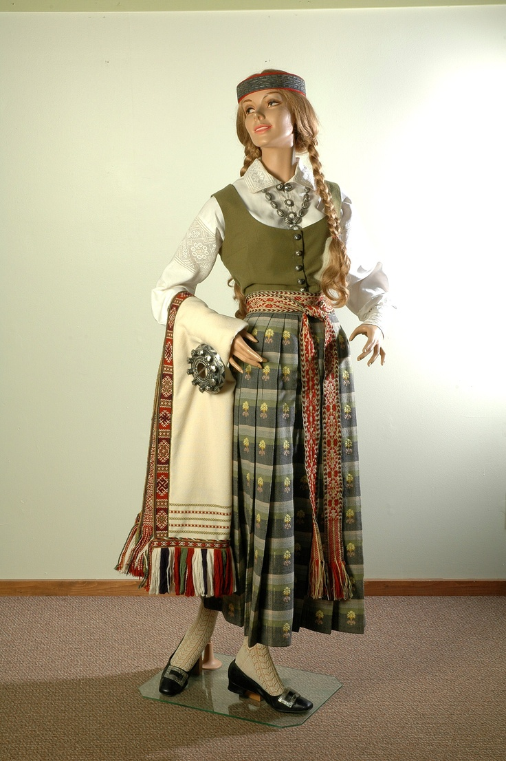 Women's folk dress. Latvia, Zemgale's district