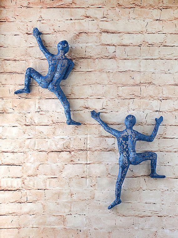 SET of 2 climbing figures, wall decor, wall hanging, Metal ...