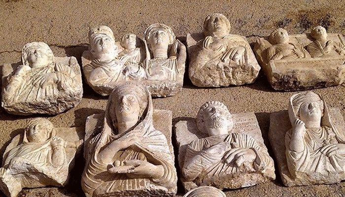 «Αρχαιότητες από την Παλμύρα πωλούνται ήδη στο Λονδίνο» _________________________ Γράφει ο Γρηγόρης Τραγγανίδας #palmyra #statues #isis #selling #London http://fractalart.gr/palmyra-statues/