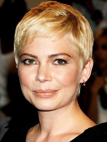 MICHELLE WILLIAMS photo | Michelle WilliamsPixie Cuts, Michele Williamsgracet, New Haircuts, Hair Cut, Shorts Style, Shorts Hair Style, Michelle Williams, Beautiful People, Shorts Cut