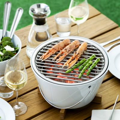Tabletop Grill by Eva Solo - Would be amazing for us since we live in an apartment and have a small balcony.