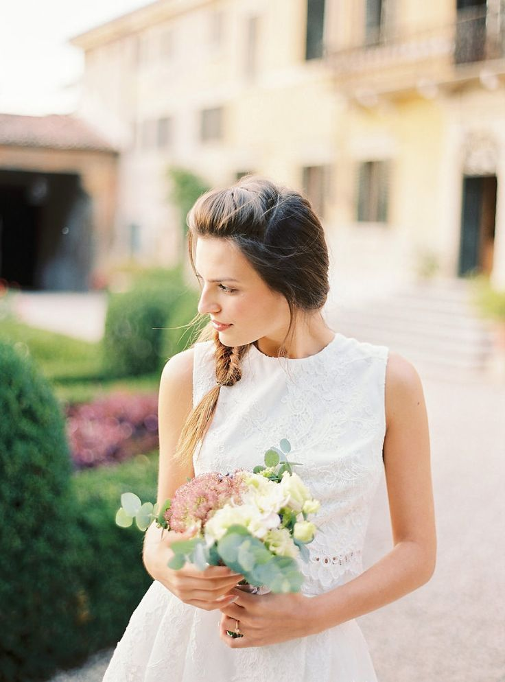 Read More on SMP: http://stylemepretty.com/vault/gallery/109476