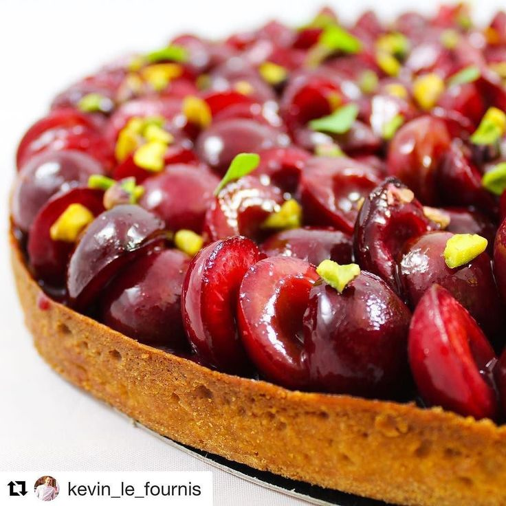 #Repost @kevin_le_fournis (@get_repost) @bakelikeapro  Tarte cerise pistache et basilic pour le club au hyatt #team @julien_rives_torrens_ @swan_ba @pastore_patisserie @so_patissier @hanabaking  @maximehervieu  #cherry #red#tarte #pistachio  #foods #cakes #paris #patisserie #pastry #desserts #homemade #foodies #sweet #eat #yummy #yum #delicious #happy #sweet #instafood #foodporn #love #work #photooftheday #photography #picoftheday #beautiful #like4like