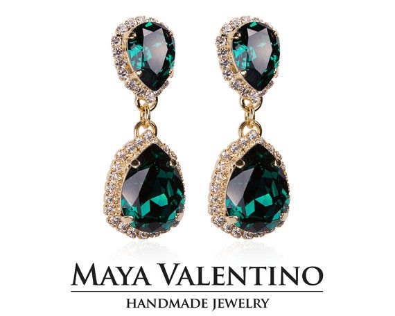 Emerald earrings, Chandelier earrings, 14K Gold earrings, Prom jewelry, Bridesmaid gift, Gift for her, Fancy Stone earrings, Prom earring.   Details: 2 Emerald ( Green ) Pear 10x13mm crystals from Swarovski®️️ 2 Emerald ( Green ) Pear 17x13 mm crystals from Swarovski®️️ 2mm 14pp crystals around pear crystals.  Earrings size: Top: 18x14mm Bottom: 22x17mm Total Lenght: 45mm - 4.5cm  Absolutely stunning Chandelier earrings maded with love and crystals from Swarovski®️️