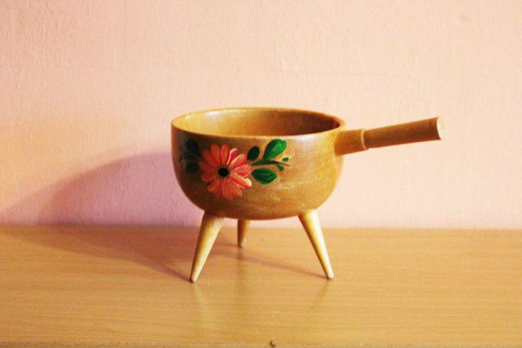 Large Wooden Bow with Handle, Wood Pot, Gravy Boat, Easter Egg Basket, Scandinavian Design Candu Nut Dish, Serving Centerpiece by Grandchildattic on Etsy