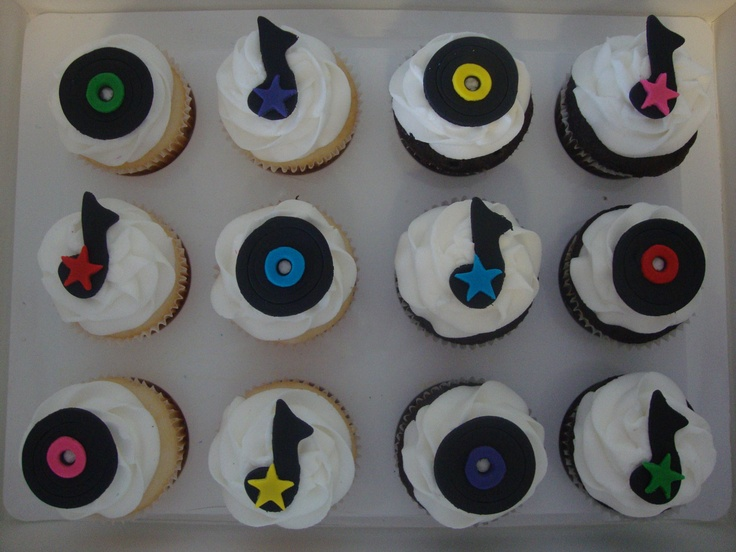 Edible Fondant Music Records And Music Notes Cupcake