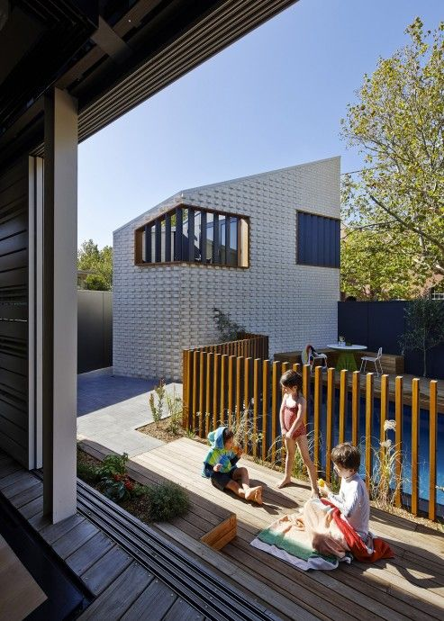 Mel Bright: MAKE on Making Change | Assemble Papers by Amelyn Ng. The Little Brick Studio (2012) comprises a garage with a studio space above, with the footprint of the building kept as small as possible to ensure impact on the main house and backyard is minimal. Photo by Peter Bennetts.