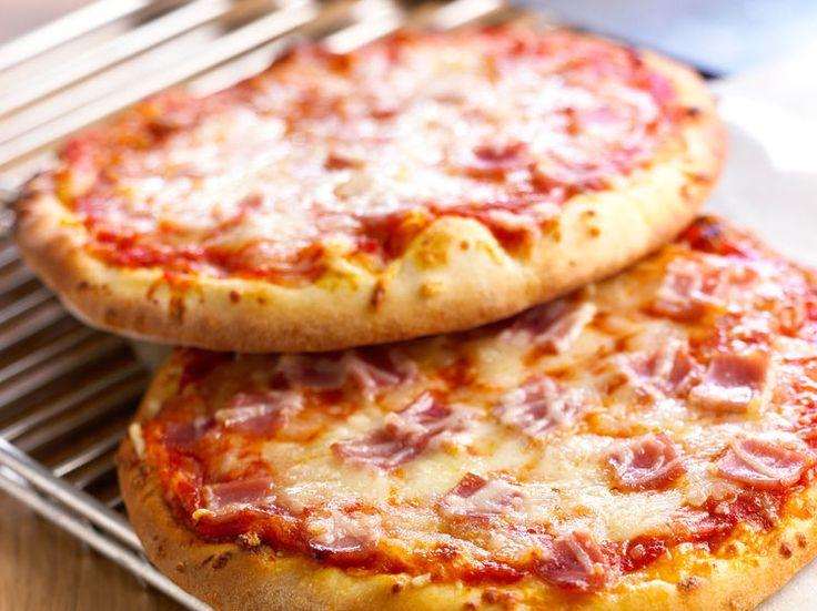 Pizza jambon fromage, facile et pas cher