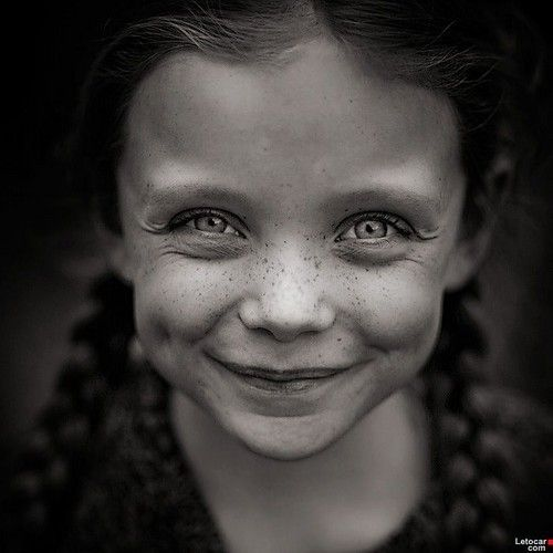 Black white children googleda ara