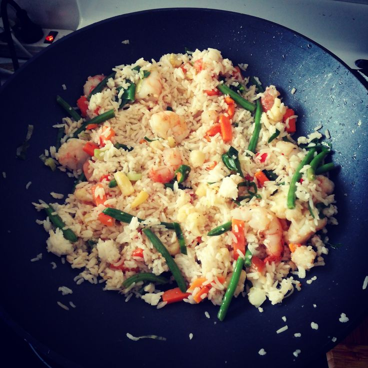 Ingredients 2c cooked rice (refrigerated from previous day) 1 1/2c frozen vegetables 1 1/2c prawns Dried ginger Sliced green onion Sugar Salt Fish sauce Oil (I like rice bran oil) optional: …
