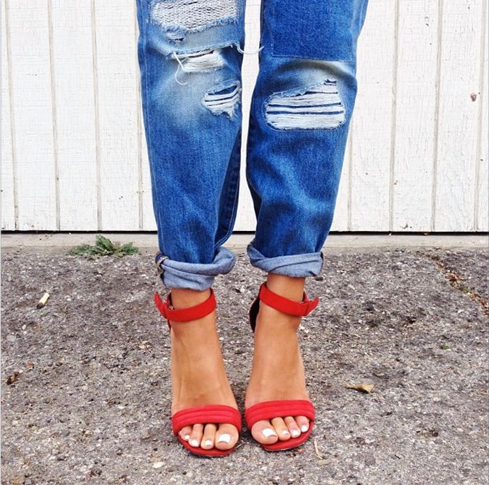 jeans1 12 Denim Tips Every Girl Should Know: How To Wash Jeans, Break Them In, and Fold Them Like a Pro