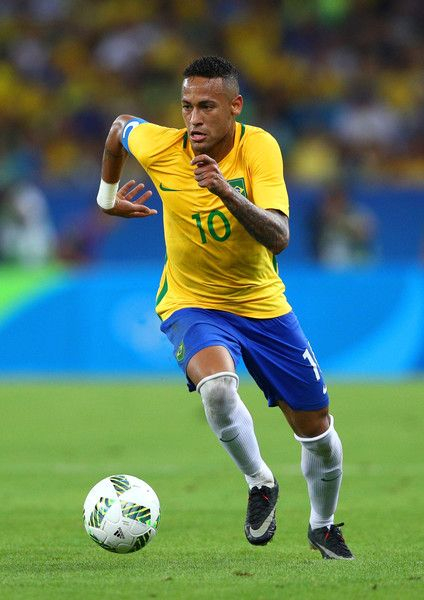 Neymar Photos Photos - Neymar of Brazil during the Men's Football Final between Brazil and Germany at the Maracana Stadium on Day 15 of the Rio 2016 Olympic Games on August 20, 2016 in Rio de Janeiro, Brazil. - Brazil v Germany - Final: Men's Football - Olympics: Day 15