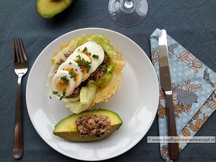 Maak de tonijntapenade minder sauzig dus laat hem lekker grof. Het restje kan je altijd nog mengen met tomaat en olie en fijner malen, heerlijk op toast.