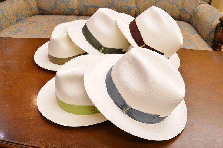 創業1857年、世界最高峰と讃えられる、イタリア、アレッサンドリアの名門老舗、「Borsalino(ボルサリーノ)」ブランドからの、PANAMA SUPREME、Center Dent、「Fine PANAMA(ファイン パナマ)」帽子です。