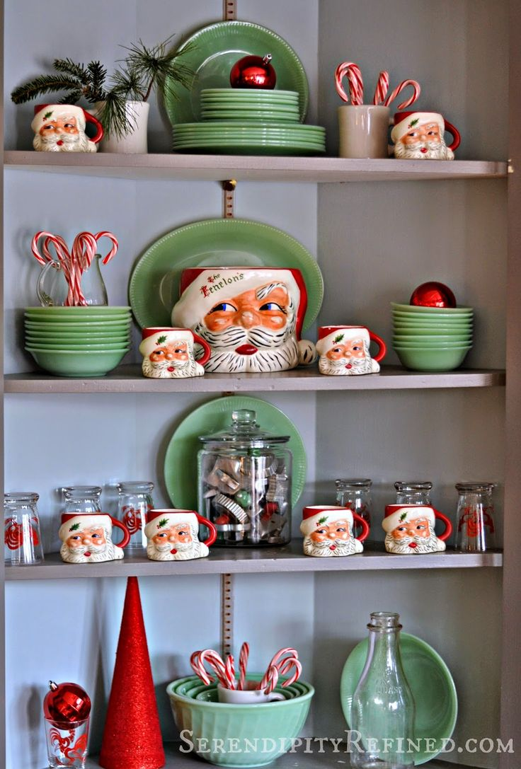 Serendipity Refined: Candy Cane Stripe Christmas Kitchen - Welcome Home Tour